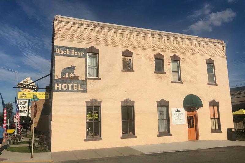 Ward Hotel